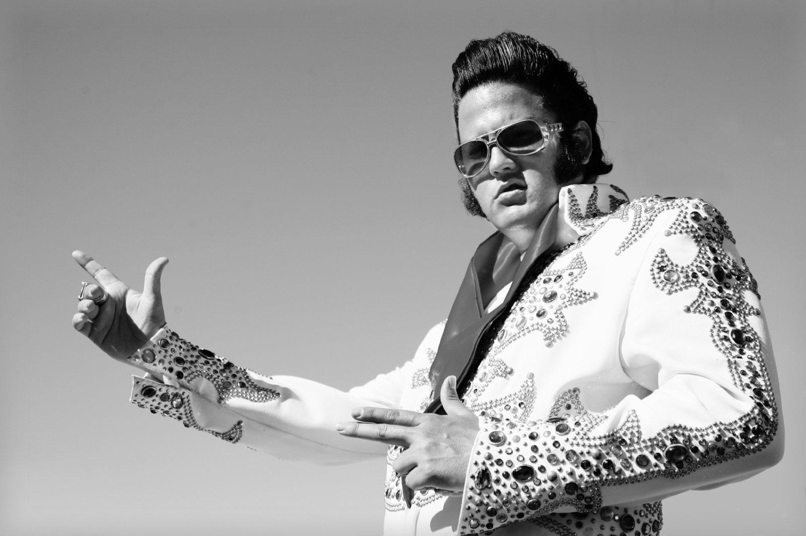 Elvis Impersonator.jpg