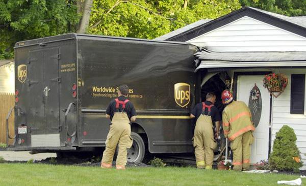 ups-truck-accident.jpg