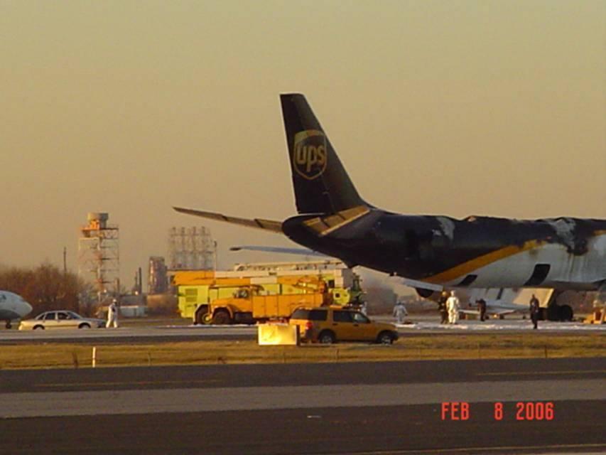 UPS_plane_Philly_3.jpg
